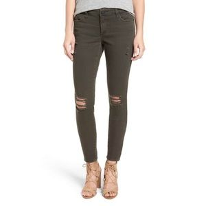 NWT 'piper' deconstructed skinny jeans